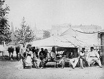 Roger-Viollet | 588239 | Paris Commune (1871). | © BHVP / Roger-Viollet