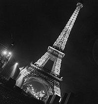 Roger-Viollet | 593448 | Exposition internationale 1937 | © Gaston Paris / Roger-Viollet