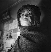 Roger-Viollet   608036   International exhibition of surrealism. Galerie des Beaux-Arts, 140, rue du Faubourg-Saint-Honoré. Paris (VIIIth arrondissement), January 1938.   © Pierre Jahan / Roger-Viollet