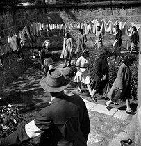 Roger-Viollet | 624824 | CAMP OF NAZI WOMEN | © Gaston Paris / Roger-Viollet