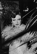 Roger-Viollet | 636326 | 30th anniversary of the Lanvin fashion house. Régine wearing a dress by Poiret. 1973. | © Jack Nisberg / Roger-Viollet