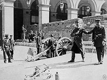 Roger-Viollet | 648160 | Paris Commune (1871). | © BHVP / Roger-Viollet
