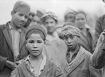Roger-Viollet | 651644 | Algerian children, circa 1930. | © Laure Albin Guillot / Roger-Viollet