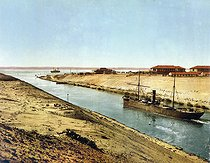 Roger-Viollet | 660234 | Suez Canal. Entrance of the Bitter Lake. Egypt, circa 1890-1900. | © Roger-Viollet / Roger-Viollet
