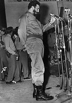 Roger-Viollet   663829   Fidel Castro (1926-2016), Cuban revolutionary and statesman. Cuba, 1960's   © Gilberto Ante / BFC / Roger-Viollet