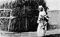 Roger-Viollet | 682690 | Father Charles de Foucauld (1858-1916), exploring and missionary French, before his first installation. Tamanrasset (Algerian Sahara). | © Roger-Viollet / Roger-Viollet