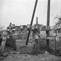 Roger-Viollet | 692377 | Portuguese community in a shanty town. Champigny-sur-Marne (France), 1967. | © Georges Azenstarck / Roger-Viollet
