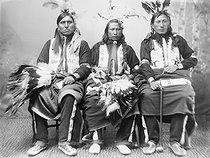 Roger-Viollet   692495   Sioux. France, 1880-1910.   © Léopold Mercier / Roger-Viollet