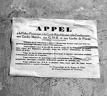 Roger-Viollet | 696187 | World War II. Liberation of Paris. Calling for uprising by the commander of the FFI (French Forces of the Interior) regarding the region of Paris. 1944. Photograph by Roger Berson. | © Roger Berson / Roger-Viollet