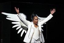 Roger-Viollet | 697544 | Angels in America | © Colette Masson / Roger-Viollet