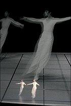 Roger-Viollet   697800   Dance   © Colette Masson / Roger-Viollet