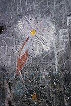 Roger-Viollet | 707991 | Graffiti. Paris, 1970's. Photograph by Léon Claude Vénézia (1941-2013). | © Léon Claude Vénézia / Roger-Viollet