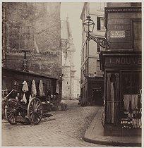 Roger-Viollet   723378   Rue de la Montagne-Sainte-Geneviève. Paris (Vth arrondissement), 1868. Photograph by Charles Marville (1813-1879). Bibliothèque historique de la Ville de Paris.   © Charles Marville / BHVP / Roger-Viollet