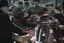 Roger-Viollet | 729383 | World War II. The flea market in Saint-Ouen, September 1941. Photograph by André Zucca (1897-1973). Bibliothèque historique de la Ville de Paris. | © André Zucca / BHVP / Roger-Viollet