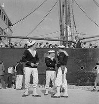 Roger-Viollet | 733337 | Sailors. France, circa 1935. | © Gaston Paris / Roger-Viollet