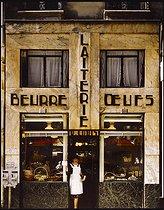 Roger-Viollet | 735649 |  Beurre laiterie oeufs  dairy shop, 25 rue Danièle Casanova. Paris (Ist arrondissement), 1982. Photograph by Felipe Ferré (born in 1934). Paris, musée Carnavalet. | © Felipe Ferré / Musée Carnavalet / Roger-Viollet
