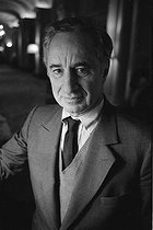 Roger-Viollet   745319   Elia Kazan (1909-2003), American director. Photograph by Georges Kelaïditès (1932-2015).   © Georges Kelaïditès / Roger-Viollet