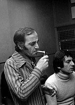 Roger-Viollet | 770483 | Charles Aznavour (1924-2018), Armenian-born French singer-songwriter and actor, February 1972. | © Patrick Ullmann / Roger-Viollet