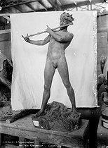 Roger-Viollet | 773985 | Felix Charpentier (1858-1924).  L'improvisateur . Paris, musée du Luxembourg. | © Léopold Mercier / Roger-Viollet