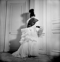 Roger-Viollet | 781991 | Coco Chanel | © Boris Lipnitzki / Roger-Viollet