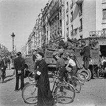 Roger-Viollet | 783586 | World War II. Liberation of Paris. August 1944. | © Gaston Paris / Roger-Viollet