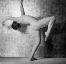 Roger-Viollet | 788458 | Study of nude. Paris, about 1930. | © Laure Albin Guillot / Roger-Viollet