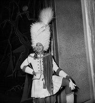 Roger-Viollet   791202   Joséphine Baker (1906-1975), American artist of Music-hall at the Folies-Bergères. Paris, february 1949.   © Studio Lipnitzki / Roger-Viollet