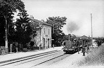 Roger-Viollet | 802051 | Train station. Arcy-sur-Cure (France), circa 1900. | © CAP / Roger-Viollet