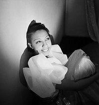 Roger-Viollet   809106   Josephine Baker (1906-1975), American variety artist. Paris, Folies Bergères, 1936.   © Boris Lipnitzki / Roger-Viollet