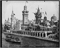 Roger-Viollet | 822384 | 1900 World Fair in Paris | © Léon & Lévy / Roger-Viollet