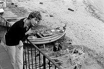 Roger-Viollet | 833241 | Françoise Sagan (1935-2004), French woman of letters. Saint-Tropez (France), 1956. | © Bernard Lipnitzki / Roger-Viollet