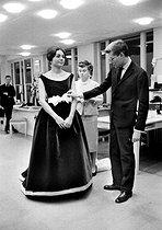 Roger-Viollet | 839372 | Farah Dibah at Yves Saint Laurent's, on November 1959. | © Bernard Lipnitzki / Roger-Viollet