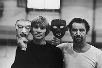 Roger-Viollet   846590   Maurice Béjart (1927-2007), French dancer and choreographer, and Vladimir Vasiliev (born in 1940), Soviet dancer, November 1977.   © Jean-Régis Roustan / Roger-Viollet