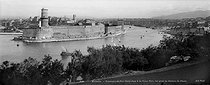 Roger-Viollet | 846830 | Panorama of the Fort Saint-Jean and the Old Port from the Pharo. Marseilles (France). | © Neurdein / Roger-Viollet