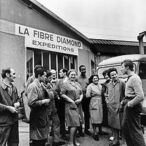 Roger-Viollet | 865480 | Events of May-June 1968. Strike at La Fibre Diamond factory. Saint-Denis (France), May 1968. Photograph by Georges Azenstarck (born in 1934). | © Georges Azenstarck / Roger-Viollet