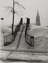 Roger-Viollet   872494   Paris under the snow   © René-Jacques / BHVP / Roger-Viollet
