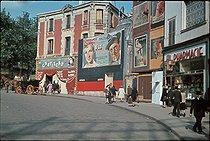 Roger-Viollet | 880914 | World War II.  Le Chapiteau  in Pigalle. Nightclub, 1943-1944, Paris. Photograph by André Zucca (1897-1973). Bibliothèque historique de la Ville de Paris. | © André Zucca / BHVP / Roger-Viollet