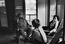 Roger-Viollet | 889012 | Fidel Castro (1926-2016), Cuban revolutionary and statesman, in his house. Santiago de Cuba (Cuba), circa 1960. | © Gilberto Ante / Roger-Viollet