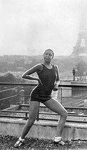 Roger-Viollet   893984   Joséphine Baker (1906-1975), American variety artist, in Paris.   © Roger-Viollet / Roger-Viollet