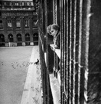 Roger-Viollet   896207   PARIS - COLETTE   © Pierre Jahan / Roger-Viollet