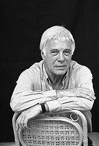 Roger-Viollet | 903782 | Guy Bedos (1934-2020), French actor and humorist. France, on June 21, 2005. | © Patrick Ullmann / Roger-Viollet