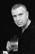 Roger-Viollet | 907021 | Bernard Lavilliers (born in 1946), French singer. France, on November 22, 2006. | © Patrick Ullmann / Roger-Viollet