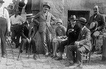 Roger-Viollet | 909075 | Tournage du film  Napoléon  d'Abel Gance (1889-1981), cinéaste français. France, 1925-1927. | © Boris Lipnitzki / Roger-Viollet