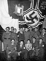 Roger-Viollet | 911907 | World War II. Members of the Legion of French Volunteers (French LVF). Versailles (France), October 1943. | © LAPI / Roger-Viollet