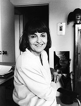Roger-Viollet | 914789 | Arlette Farge, French historian. Paris, around 1980. | © Bruno de Monès / Roger-Viollet