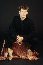 Roger-Viollet | 922652 | Patrick Dupond, French ballet dancer, 1989. | © Colette Masson / Roger-Viollet