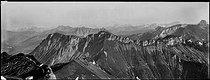 Roger-Viollet | 927972 | Mountains. | © Léon & Lévy / Roger-Viollet