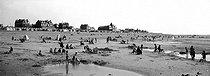 Roger-Viollet | 932032 | The beach. Cayeux-sur-Mer (Somme, France), circa 1925. | © Léon & Lévy / Roger-Viollet