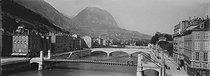 Roger-Viollet | 938902 | Bridges on the Isère river. Grenoble (France), circa 1900. | © Léon & Lévy / Roger-Viollet