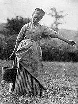 Roger-Viollet   945916   Farmer. About 1900.   © Léopold Mercier / Roger-Viollet